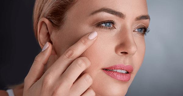 Cách làm giảm nếp nhăn vùng mắt nhanh chóng 2