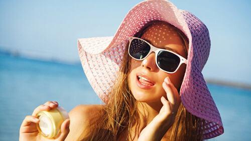 Cách làm giảm nếp nhăn vùng mắt nhanh chóng 6
