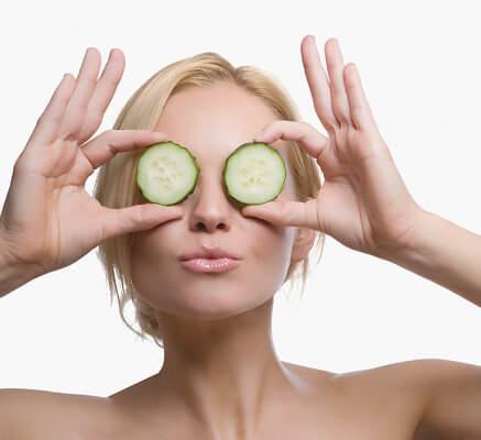 Cách làm giảm nếp nhăn vùng mắt nhanh chóng 4