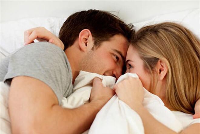 Phun môi có ảnh hưởng gì đến 2