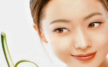 Acne Treatment With Green Laser Technology