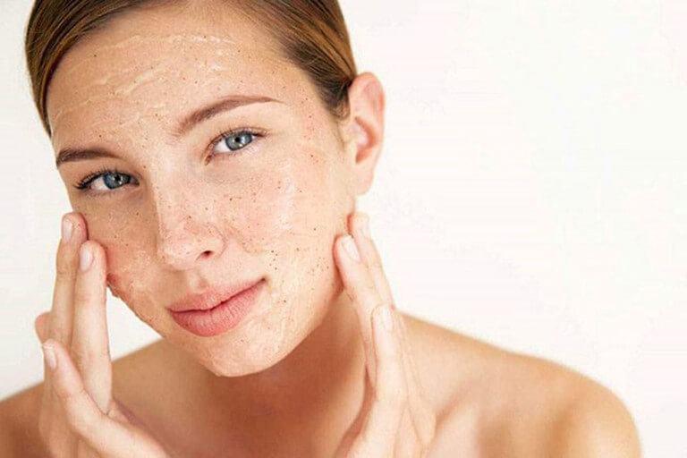 bí quyết chăm sóc da khô và nhạy cảm