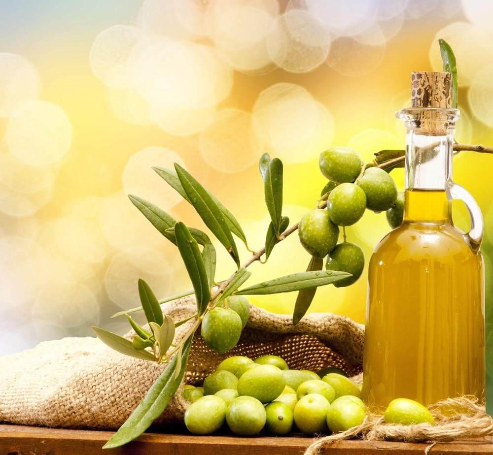 chăm sóc da nhờn bằng dầu oliu