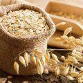 cách trị thâm bằng bột yến mạch