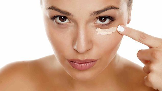 Những Động Tác Massage Mắt Giảm Nếp Nhăn 2