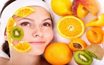 Can Oily Skin Cover Up a Fruit Mask?