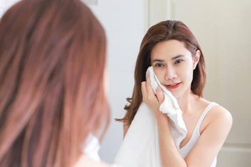 Những Sai Lầm Khi Rửa Mặt Khiến Làn Da Ngày Càng Xuống Sắc 5