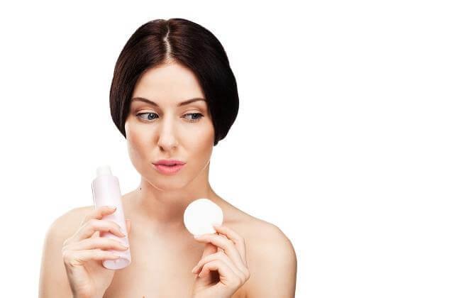 Những Sai Lầm Khi Rửa Mặt Khiến Làn Da Ngày Càng Xuống Sắc 6