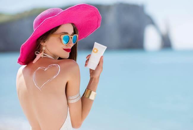 chăm sóc da với kem chống nắng