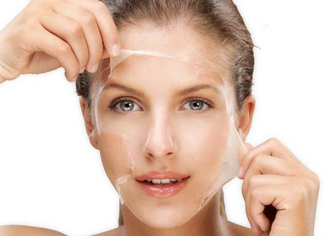 Làm sạch da và tẩy tế bào chết thường xuyên