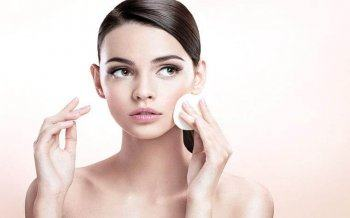 Minimal Skin Care Process for Acne Skin effectively