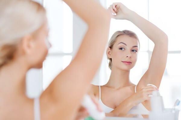 Những lưu ý khi sử dụng cách tẩy lông nách tại nhà bằng nghệ và sữa chua
