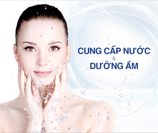 Cung cấp đủ nước là biện pháp dưỡng ẩm cho da hiệu quả nhất