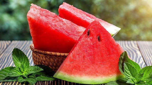 ăn dưa hấu hằng ngày