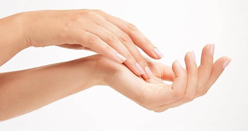 Chăm sóc bàn tay