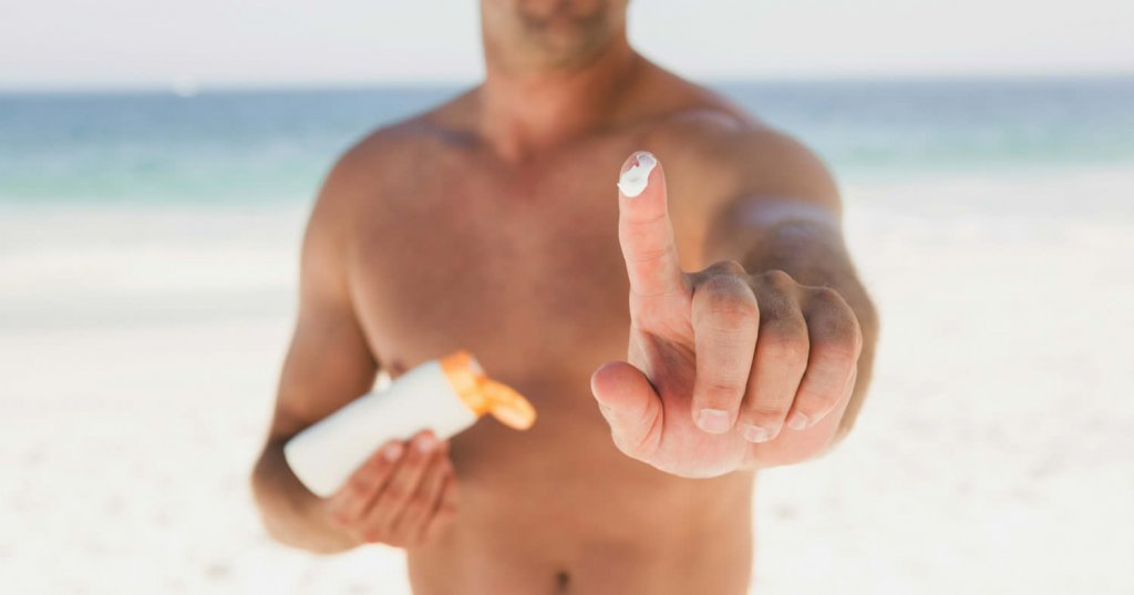 mẹo chăm sóc da dầu nhờn hiệu quả cho nam tại nhà