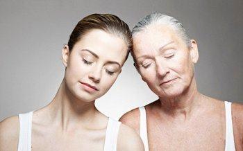 8 Thói Quen Khiến Bạn Trông Già Hơn So Với Tuổi