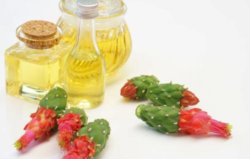Tinh dầu dưỡng da cho mùa hè